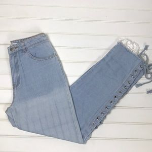 Honey Punch Mid-Rise Jeans Size Small